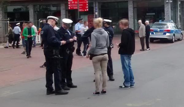 TddZ: Polizeischikane bei Flugblattaktion in der Innenstadt / Mobi-Offensive im Dortmunder Westen!