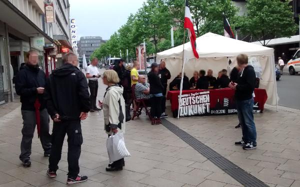 TddZ: Dauermahnwache in der Dortmunder Innenstadt stößt auf reges Interesse!
