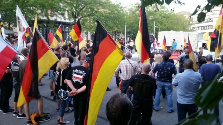 """Bericht zur Demonstration von """"Karlsruhe wehrt sich"""""""