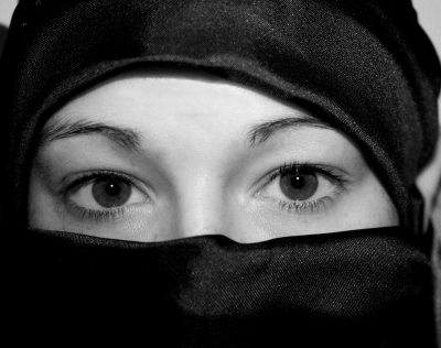 Burka-Verbot im Seekrug: Deutschlandweite Solidaritätswelle für Bielefelder Gastwirt