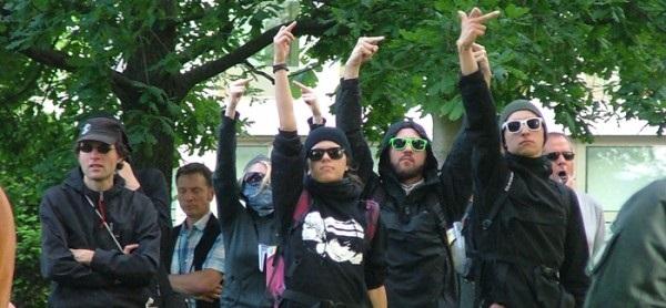 Linke Menschenjagd in Aachen