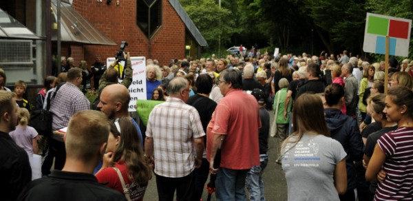 Dortmund-Dorstfeld: 200 Teilnehmer bei Kundgebung für Erhalt des Westbades