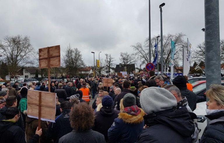 Ein starkes Zeichen in Kandel – Gemeinschaft schafft 2000 Demonstranten