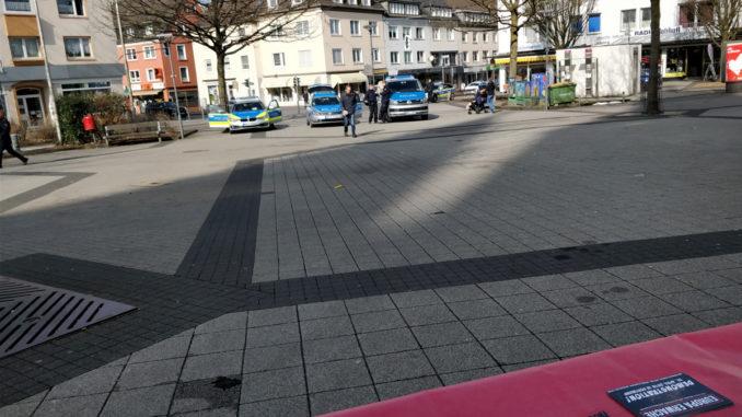 Aktivisten der Partei DIE RECHTE führten Infotische in Schwelm und Wuppertal-Langerfeld durch