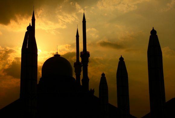 Unklarheiten um Ramadan-Fest 2020 führen zu großer Aufregung und Spekulationen