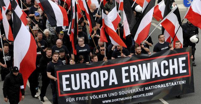 Europa erwache: Über 700 Nationalisten – erfolgreiche Demonstration durch Dortmund!