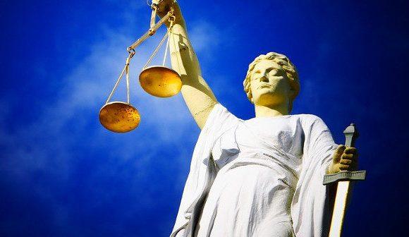 Polizei Dortmund vor Gericht: Wieder mal 'ne Bauchlandung