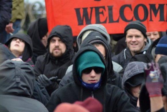 Zwischen Selbstaufgabe und Verzweiflung: Dortmunder Antifa mit kritischer Reflexion