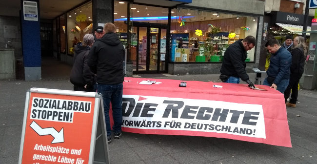 Dortmund: Störungsfreier Infostand an der Schützenstraße