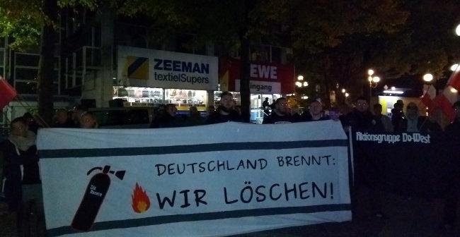 Dortmund, Sonnenplatz: Störungsfreie Mahnwache gegen Polizeiwillkür durchgeführt!