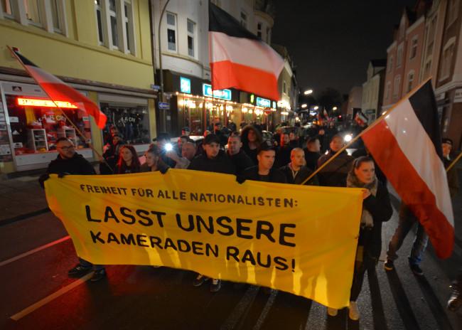 Freiheit für Steven: 170 Teilnehmer bei kurzfristiger Demonstration durch Dortmund-Marten!