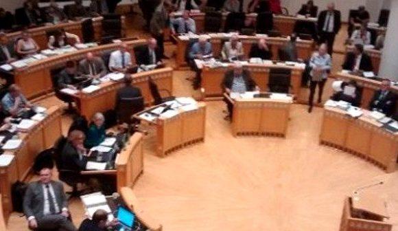 Dortmunder Stadtrat: Neues Haushaltsloch verabschiedet, Ordnungsruf gegen Michael Brück und noch immer kein Livestream