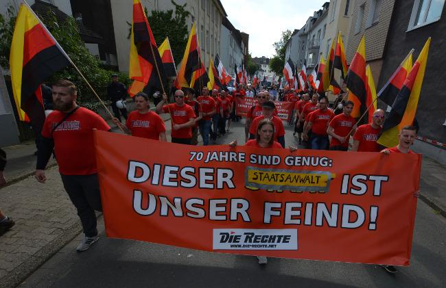 Dortmund: Massive Polizeischikanen bei Demonstration von DIE RECHTE gegen den 70. Jahrestag der BRD-Gründung