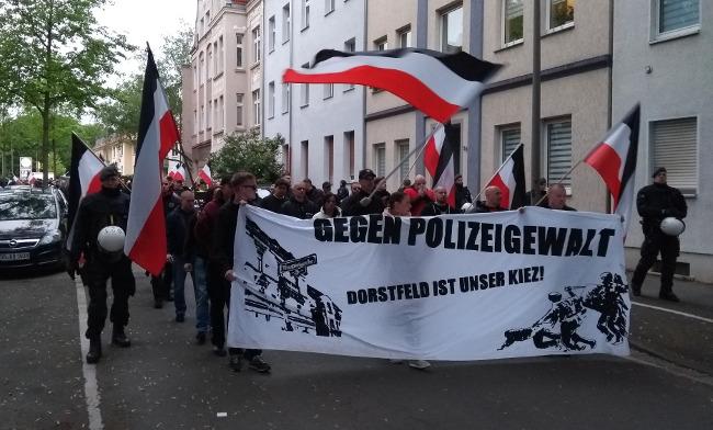 Dortmund-Dorstfeld: Fast 200 Nationalisten bei Demo gegen Polizeirazzien!
