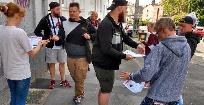 Als Reaktion auf Ausländerübergriffe: Pfefferspray und Flugblätter in Dortmund-Lütgendortmund + Marten verteilt!