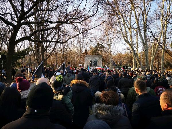 Festung Budapest: Dortmunder Aktivisten nahmen auch 2020 am ehrenhaften Gedenken teil!