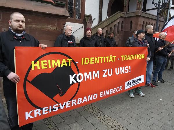 Gelungener Auftakt unseres neuen Kreisverbandes am 29.02 in Einbeck auf dem Marktplatz!