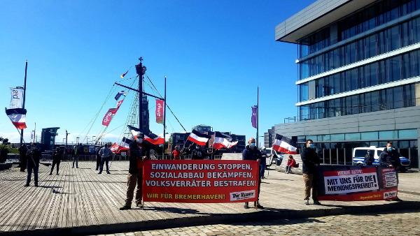 Gelungene Kundgebung gegen den Corona-Wahn in Bremerhaven durchgeführt!
